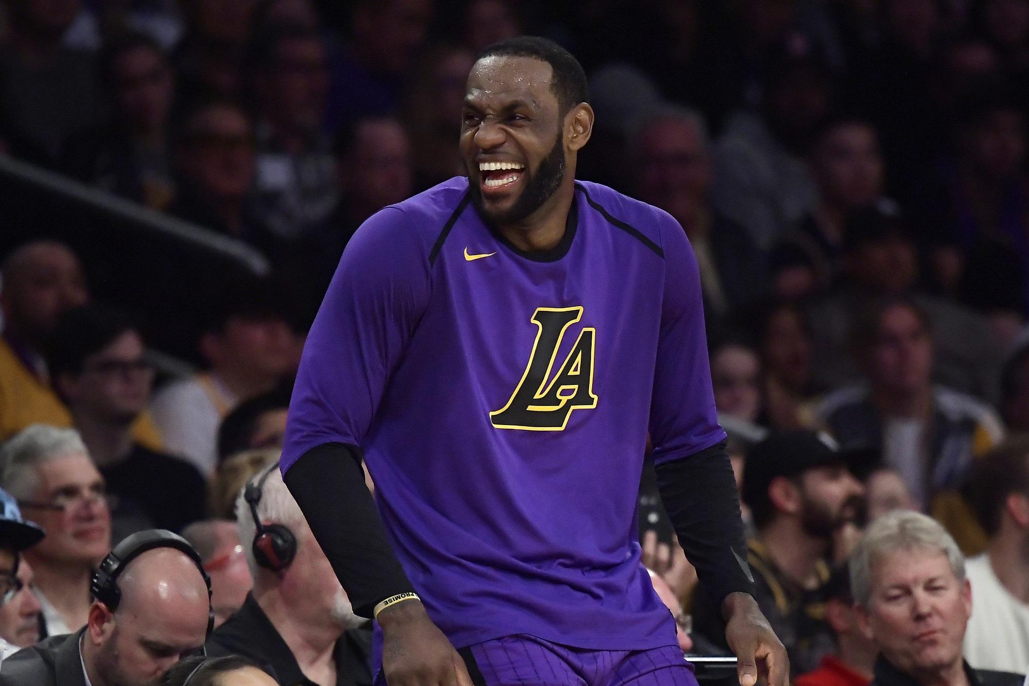 LeBron James, Los Angeles Lakers vs Charlotte Hornets at Staples Center