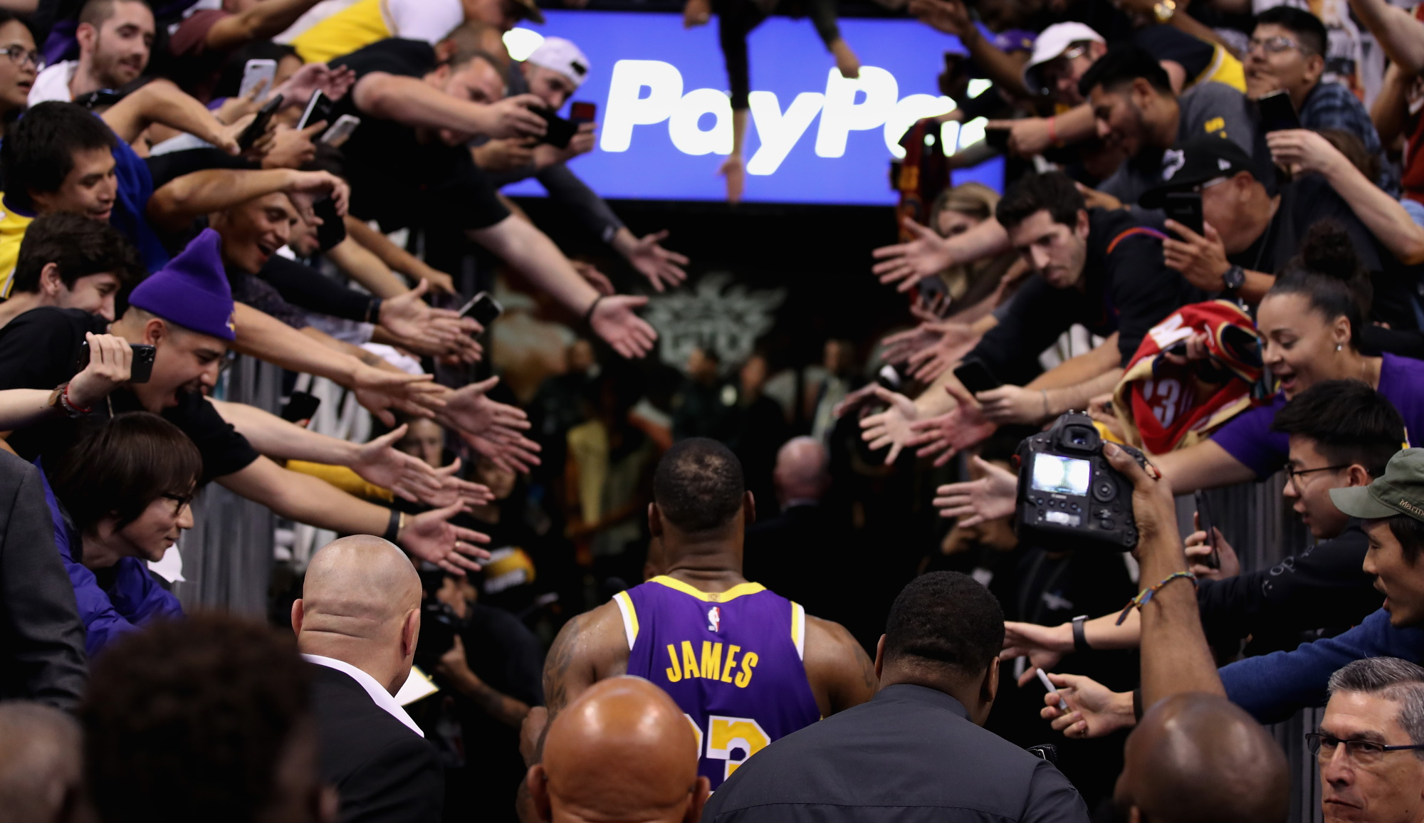 LeBron James, Los Angeles Lakers vs Phoenix Suns