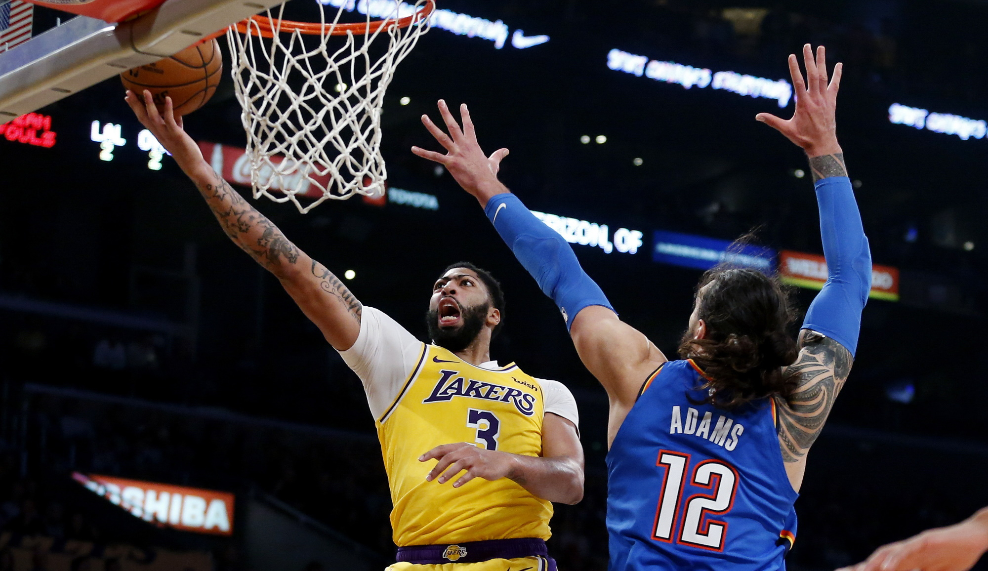 Anthony Davis and Steven Adams, Los Angeles Lakers vs Oklahoma City Thunder