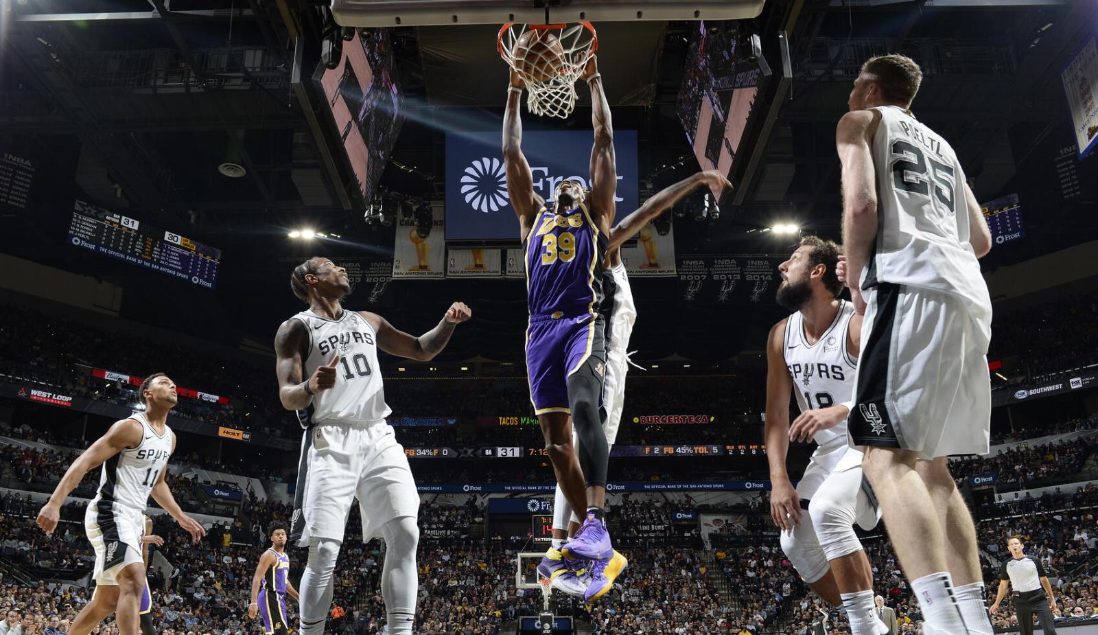 Dwight Howard, Los Angeles Lakers vs San Antonio Spurs