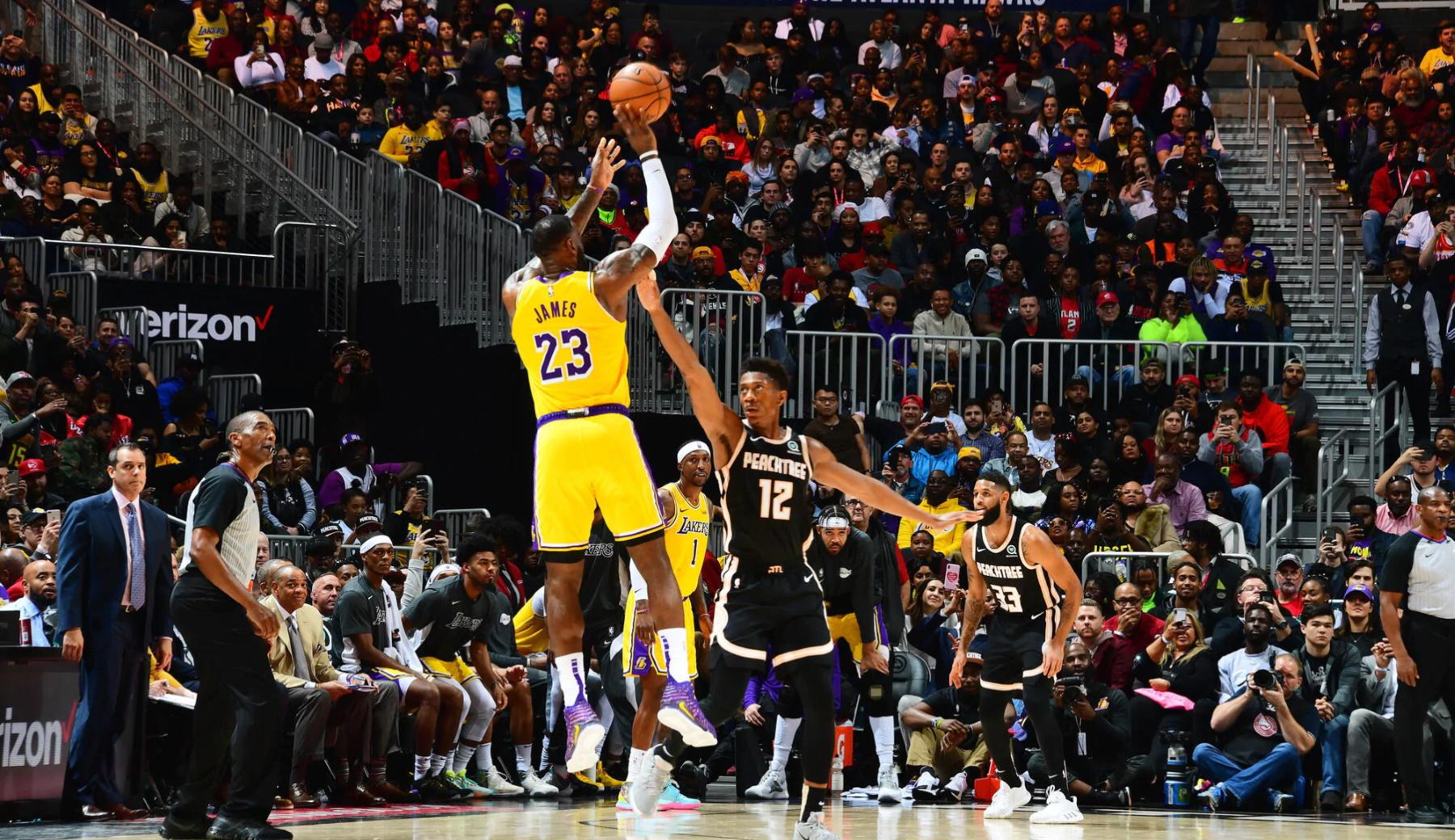 LeBron James, Los Angeles Lakers vs Atlanta Hawks