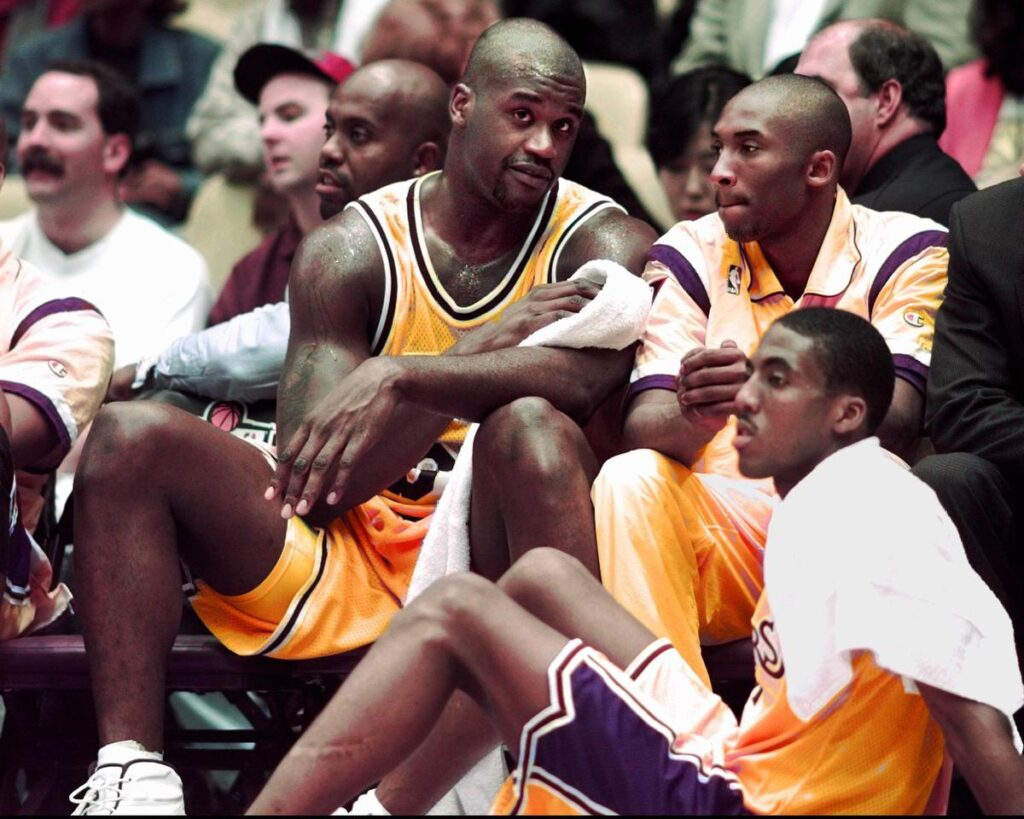 Rookie Kobe Bryant with Shaquille O'Neal and Eddie Jones, Los Angeles Lakers vs Phoenix Suns at The Forum in Inglewood on November 1, 1996