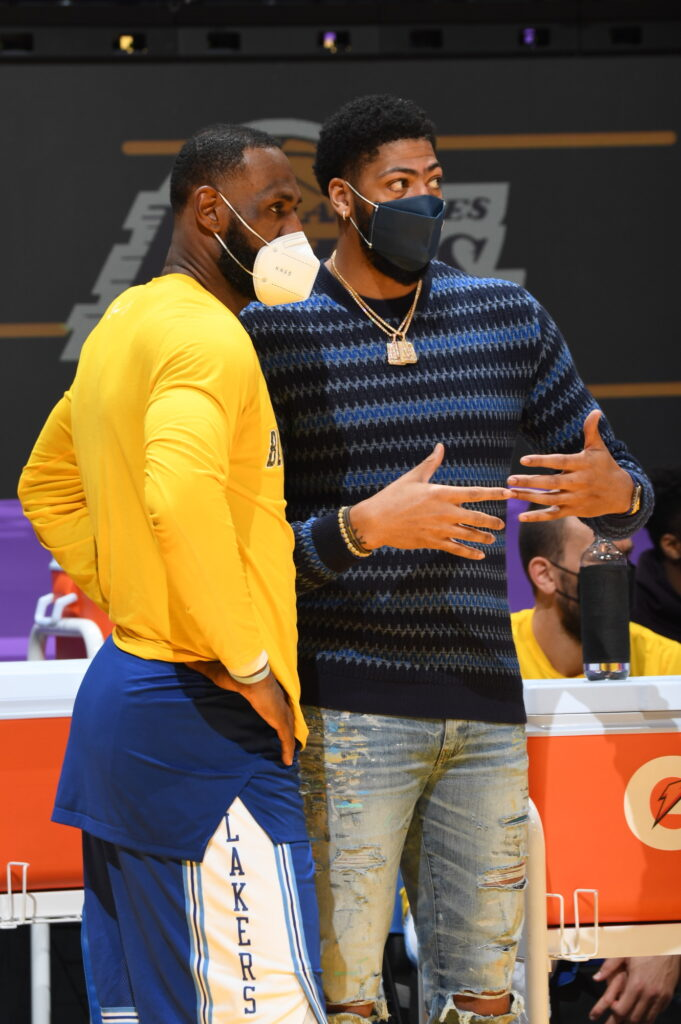 LeBron James and Anthony Davis, Los Angeles Lakers vs Brooklyn Nets