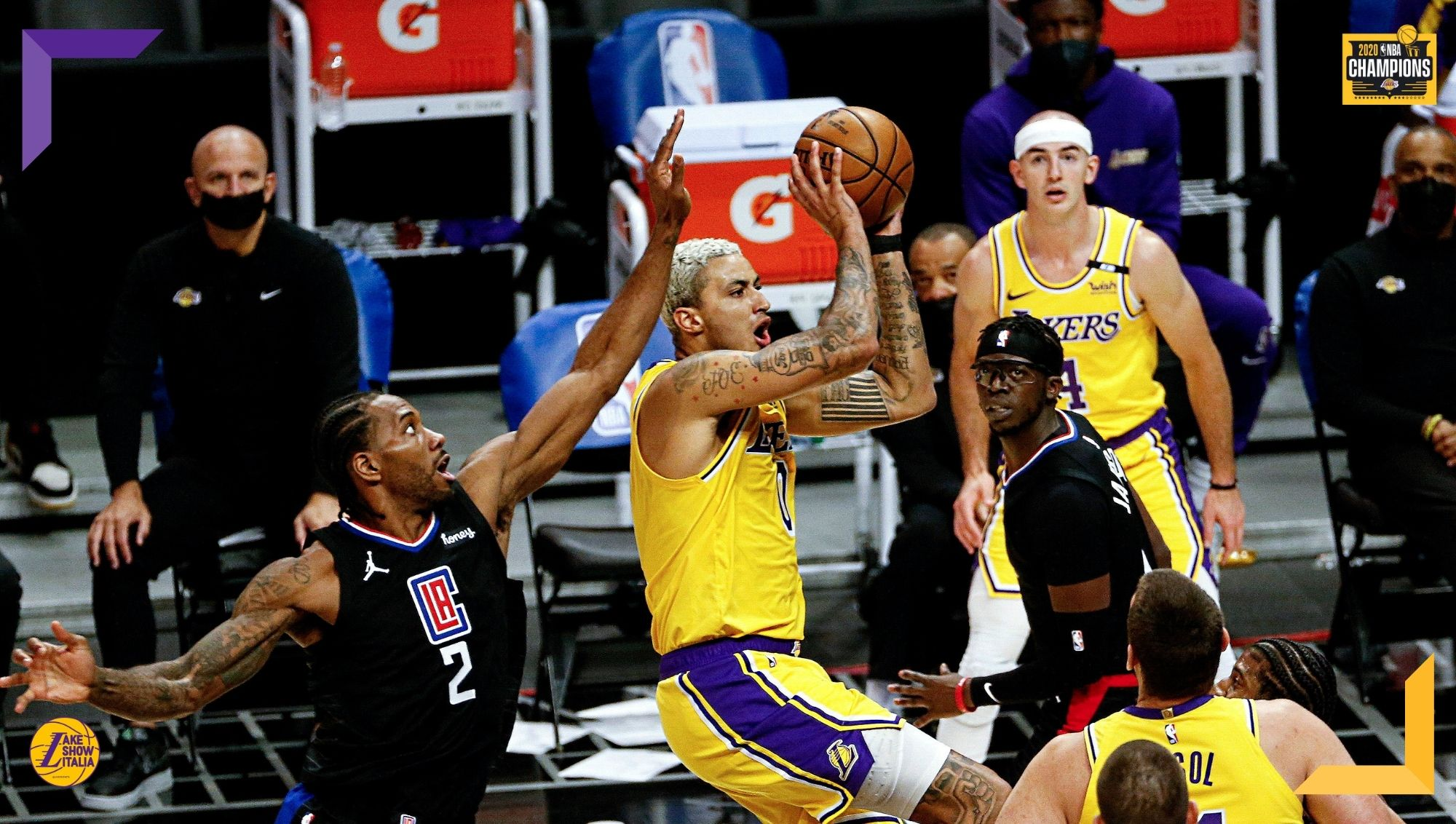 Già privi di James, Schröder e Horton-Tucker i Los Angeles Lakers perdono Anthony Davis nel primo quarto e vengono travolti dagli LA Clippers.