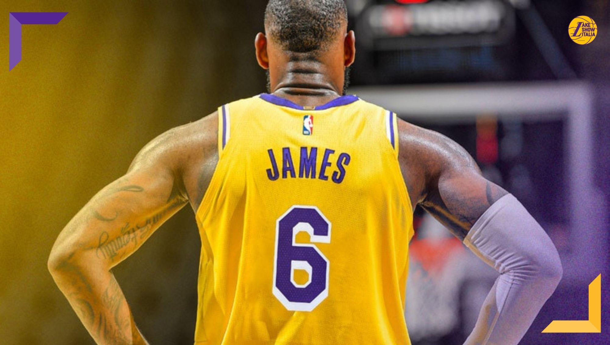 """LeBron James lascia il #23 per tornare al #6, numero indossato in """"Space Jam: A New Legacy"""", nei quattro anni con gli Heat e con Team USA."""