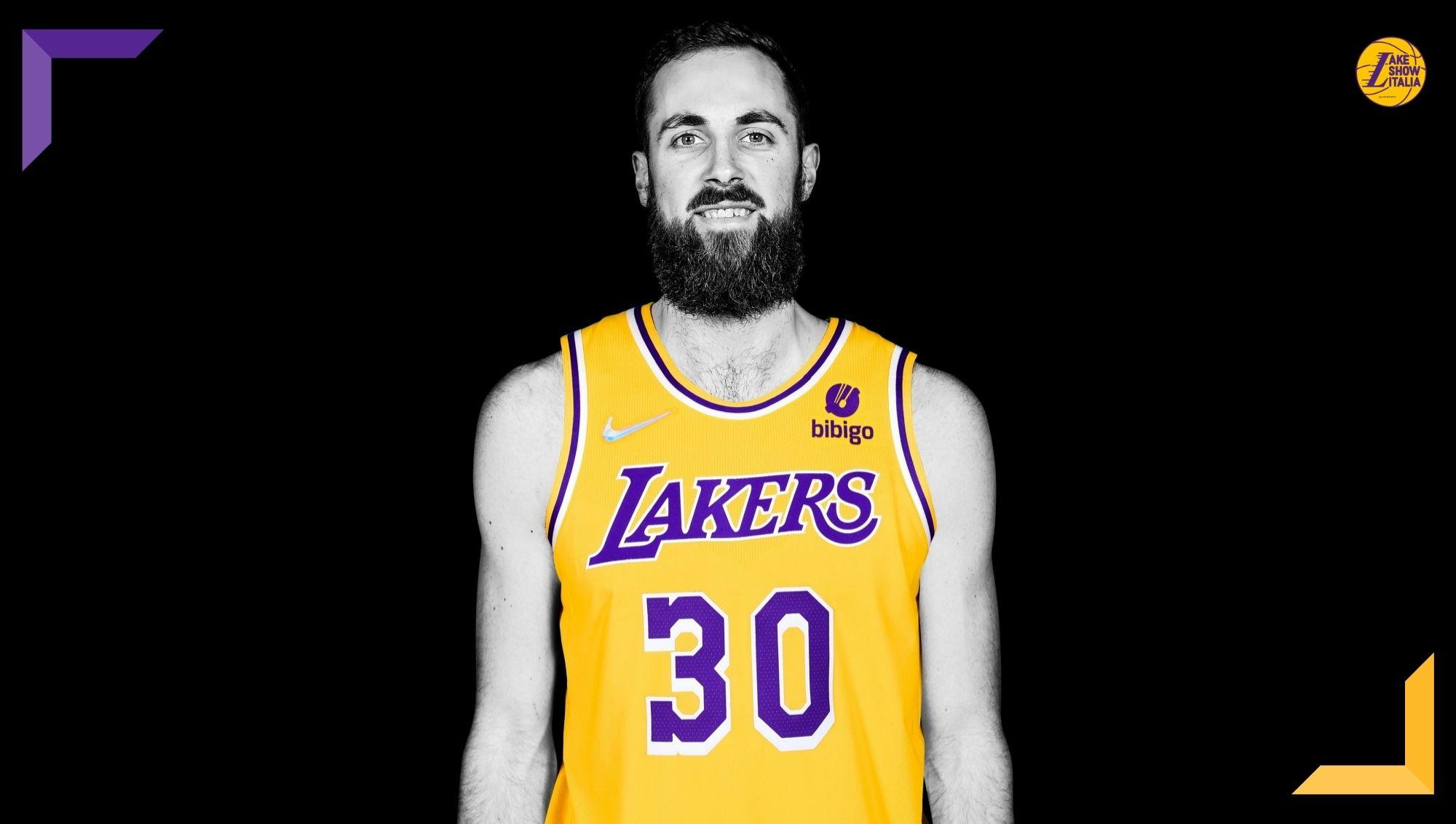 I Los Angeles Lakers hanno annunciato la firma di Jay Huff. Il prodotto da Virginia ha accettato il two-way contract offerto dai gialloviola.